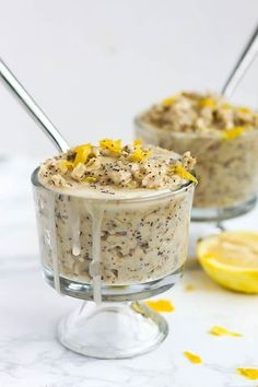 What's better than a warm bowl of oatmeal for breakfast? Oatmeal that tastes like a muffin! This Lemon Poppy Seed Oatmeal is bursting with lemon flavor. Balsamic Carrots, Lemon Poppyseed Muffins, Baked Oats, Oatmeal Recipes, Perfect Breakfast, Spring Recipes, Veggie Recipes, Veggie Food, Healthy Recipes