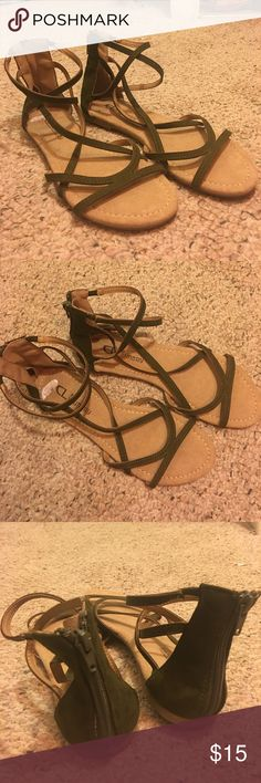 Chinese Laundry gladiator sandals Chinese Laundry gladiator sandals. Given to me as a gift and they are a little to big. Have never been worn, excellent condition. They are super adorable, but they are jus sitting in my closet. Make me an offer Chinese Laundry Shoes Sandals