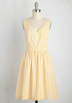 Patio My Goodness! Dress in Lemonade. Wow every guest at your sunny soiree with this cotton dress - part of our ModCloth namesake label!  #modcloth