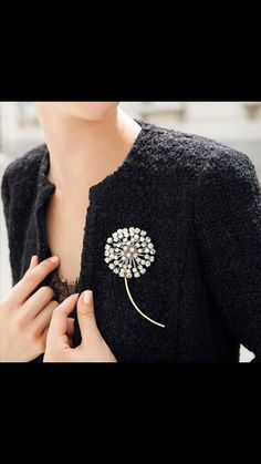 Broche en oro blanco con brillantes
