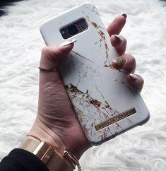 Carrara Gold by @mellisworld_ #fashion #style #ootd #gold #white #wishlist #winter