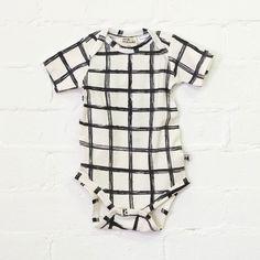 Baby bodysuit - grid
