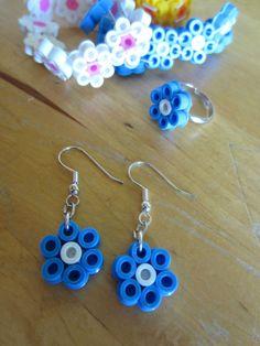 Bracelets, bagues et boucles d'oreilles fleurs en perles Hama