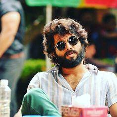 Actor Picture, Actor Photo, Vijay Devarakonda, Mahesh Babu Wallpapers, Virat Kohli Instagram, Telugu Hero, Beard Logo, Manoj Kumar, Prabhas Pics