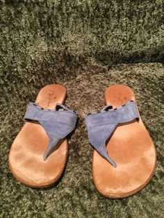 13ca03ac514fab Tommy Bahama Light Blue Suede Flip Flips Thong Sandals Shoes 9  fashion   clothing