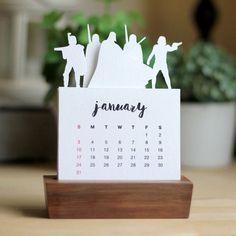 2016 Minimalist Paper Cut Desk Calendar with Solid Wood Stand Star Wars Series 1