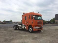 2007 Freightliner Cabover Argosy for sale by owner on Heavy Equipment Registry  http://www.heavyequipmentregistry.com/heavy-equipment/17002.htm