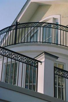 Balcony Grill Design, Balcony Railing Design, Main Gate Design, Door Design, Steel Railing, Metal Railings, Iron Balcony, Exterior Trim, Terrazzo