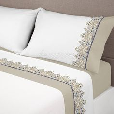 This Pin was discovered by سما Bed Cover Design, Bed Design, Luxury Bed Sheets, Linens And Lace, Bed Sheet Sets, Bed Covers, Soft Furnishings, Bed Spreads, Home Textile