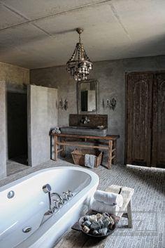Bathroom inspiration. More pictures here: http://franciskasvakreverden.blogspot.no/2014/01/inspirasjon-til-badet.html Inspirasjon til badet. Se flere bilder her: http://franciskasvakreverden.blogspot.no/2014/01/inspirasjon-til-badet.html