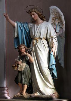Приготовьте в своей жизни место для Ангелов... Ангелы живут в мире Духа, небесном мире, а мы — в мире материи. Естественно, их тянет к дому. Поэтому, если хотите, чтобы ангелам было с вами уютно, нужно сделать свой мир — мысли, чувства и окружени…