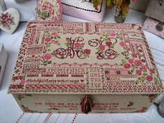 Eefs Needle: Fees Brodeuses 2013 in Dijon Cross Stitch Samplers, Cross Stitching, Cross Stitch Embroidery, Hand Embroidery, Cross Stitch Patterns, Stitch Box, Vintage Cross Stitches, Cross Stitch Finishing, Needle Book