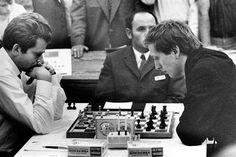 Robert James Fischer (right) playing Boris Spassky in the 1972 World Championship Chess match.