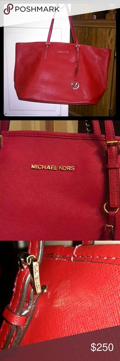 Michael Kors Saffiano Leather Large Jet Set Zinnia All red 100% Authentic has all hardware and is completely intact. No scratches or flaws. MICHAEL Michael Kors Bags Totes