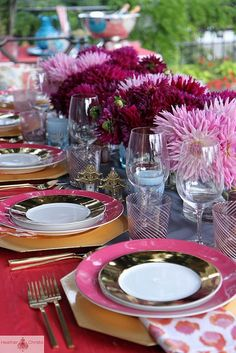 Pink and turquoise dinner party