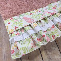 Hot Pink Towels, Hot Pink, Quatrefoil, Quatrefoil Fabric, Girls Bathroom, Pink  Towels, Hand Towels, Custom Towels, Decorated Towels | Pink Towels, ...