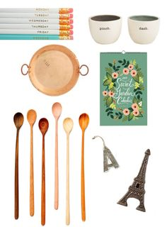 Chic hostess gifts that will guarantee an invitation back! (Including our copper tray - thanks @Roopika Malhotra !)