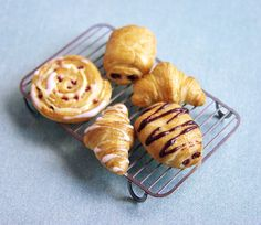 Miniature Breads, Rolls and Croissants - Cooling Tray by PetitPlat - Stephanie Kilgast, via Flickr