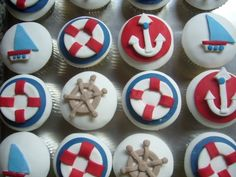 I really want to bake these nautical cupcakes!! Delta Gamma Y'all!