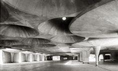 Johnson Wax building, Racine, Wisconsin by Frank Lloyd Wright (1939)