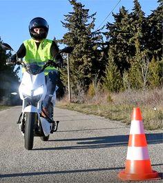 Le Z3 100% électrique pour les auto-écoles : - 0 bruit - 0 pollution - 0 plein d'essence
