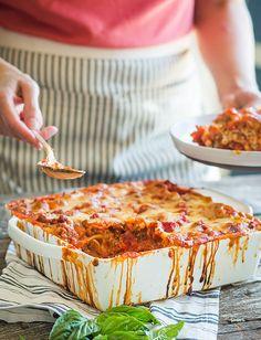 Classic Italian Lasagna – Recipes – Famous Last Words Ravioli Bake, Baked Ravioli, Ravioli Lasagna, Lasagna Soup, Italian Main Dishes, Italian Lasagna, Lazy Lasagna, Slow Cooker Lasagna, Chicken Recipes