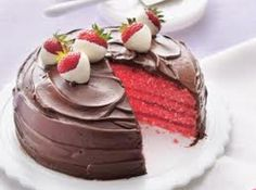 Chocolate-Covered Strawberry Cake    CAKE:  18 1/2 ozbetty crocker super moist white or strawberry cake mix  3 ozpkg. strawberry jello  1 1/4 cwater  1/3 cvegetable oil  3 lgeggs  FILLING & FROSTING:  1 cseedless strawberry jelly  1 can(s)betty crocker rich and creamy milk or dark chocolate frosting  DIPPED STRAWBERRIES-OPTIONAL  2 cmedium strawberries-18 to 20  1/2 cwhite baking chips, more if needed  1 tspsolid shortening, not vegetable oil makes fruit weep