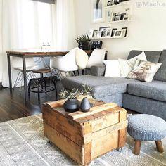 Je interieur vullen naar je eigen smaak bekijk Hsfy.nl/top10w10! De top 10 mooiste woonkamers van deze week! #woning #stijl #woonkamer #wit #bruin #grijs #hout #muur #tafel #bijzettafel #mooi #inspiratie #bank #mooi #wonen @mach.s
