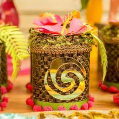 Festa Moana Baby, Bolo Moana, Moana Party, Moana Birthday, Tropical, Gift Wrapping, Scrapbook, Ideas Para, Party Ideas