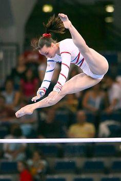 "Pinned by ""Jennifer Giacobbe-Sutherland"" : Elizabeth Tweddle (GBR) Gymnastics Flexibility, Acrobatic Gymnastics, Sport Gymnastics, Artistic Gymnastics, Olympic Gymnastics, Olympic Games, Gymnastics Problems, Gymnastics Photography, Gymnastics Pictures"