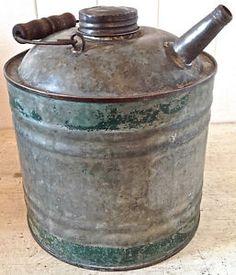 Antiquité. Collection. Ancien bidon en fer galvanisé Lévis Chaudière-Appalaches…