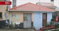 A câmara de SantaMarta de Penaguião, do distrito de Vila Real, está a ajudar as famílias mais pobres a recuperar as casas degradadas. Só este ano já foram recuperadas cerca de 50 habitações. http://sicnoticias.sapo.pt/pais/2017-12-15-Recuperadas-50-casas-de-familias-carenciadas-em-SantaMarta-de-Penaguiao