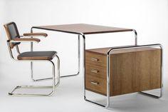 Stahlrohr-Schreibtisch Thonet S nach Marcel Breuer Bauhaus Furniture, Art Deco Furniture, Vintage Furniture, Home Furniture, Modern Furniture, Furniture Design, Marcel Breuer, Bureau Design, Design Bauhaus