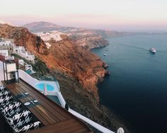The sunsets in #santorini are as epic as they talk about. #CreateYourMoment #greece #CreateYourMoments #SNGo2