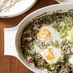 This one-skillet breakfast dish superbly combines eggs, bacon and cheese in a super-fresh-and-tangy tomatillo sauce.