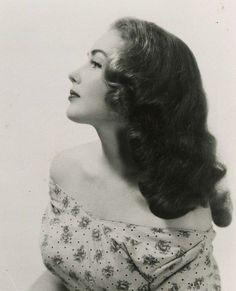 1940s vintage hair & make up inspiration
