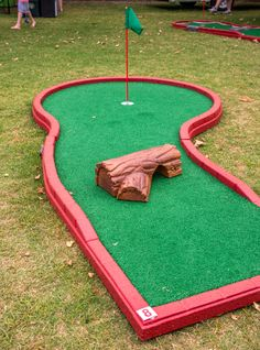 Holes To Go Mini Golf rentals has several obstacles to use for different occasions.