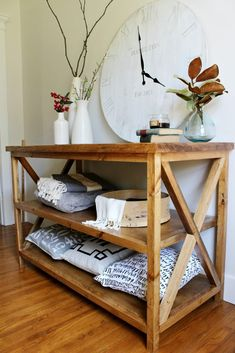 How to build a DIY X base console table with middle shelf for added storage--free building plans! Diy Furniture, Home Furniture, Diy Storage Table, Diy Home Decor, Diy Shelves, Home Decor, Table Shelves, Console Shelf, Diy Console Table
