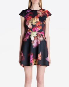 Love this look. Ted Baker is one of my faves. *swoon*