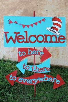 Door Ideas For Classroom Dr. Seuss The Lorax Ideas For 2020 Dr Seuss Party Ideas, Dr Seuss Birthday Party, First Birthday Parties, Birthday Ideas, Birthday Door, Birthday Presents, Ideas Party, Baby Shower Ideas Dr Seuss, Dr Seuss Graduation Party
