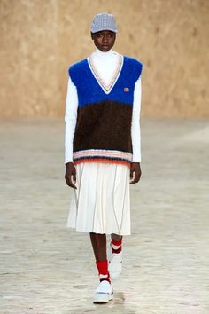 Lacoste Fall 2020 Ready-to-Wear collection, runway looks, beauty, models, and reviews. Lacoste, New York Fashion, Fashion News, Fashion Show, Trotter, Fall Fashion Trends, Autumn Fashion, Vogue Paris, Runway Magazine