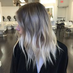 light brown and blonde shaggy balayage hair