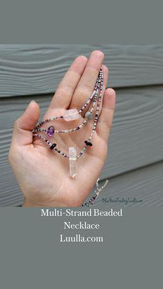 Seed Bead Jewelry, Cute Jewelry, Beaded Jewelry, Jewelry Accessories, Handmade Jewelry, Jewelry Necklaces, Beaded Necklace, It Works Body Wraps, Korean Jewelry
