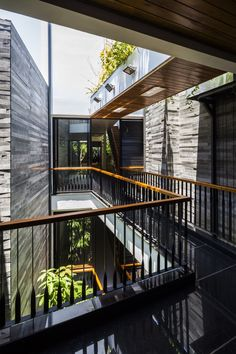 Image 4 of 39 from gallery of Garden House / Ho Khue Architects. Photograph by Hiroyuki Oki
