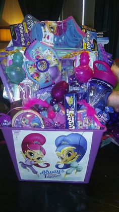 Shimmer and Shine Easter basket Girl Gift Baskets, Themed Gift Baskets, Baby Easter Basket, Easter Gift Baskets, Frozen Gift Bags, Imprimibles Toy Story, Auction Baskets, Kid Toy Storage, Little Girl Gifts