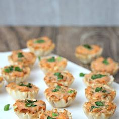 These tiny bite sized Savory Phyllo Cups is a great Mexican flavored appetizers that kids would love. These phyllo cups will be great for parties and holiday d Appetizers For Kids, Bite Size Appetizers, Quick And Easy Appetizers, Hot Appetizers, Lunch Snacks, Clean Eating Snacks, Phyllo Recipes, Appetizer Recipes, Phyllo Cups