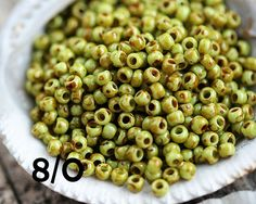 8/0 Toho Seed Beads Y310 Sour Apple Picasso Hybrid 10g - MayaHoneyBead