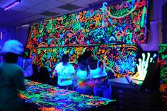 WANT to have a black light party with neon paint!!!