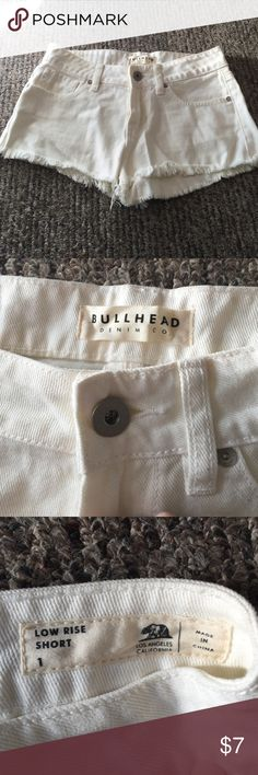 PacSun White Distressed Jean Shorts Size 1 PacSun White Distressed Jean Shorts Size 1. Never worn but tags were taken off. No stains or marks. Great condition SANDALS NOT INCLUDED BUT ARE AVAILABLE IN MY CLOSET Bullhead Shorts Jean Shorts