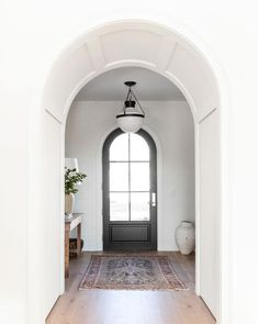 Arch front entry door McGee home entryway tour Spanish Style Homes, Spanish House, Spanish Revival, Arne Jacobsen, Plywood Furniture, Eames, Spanish Interior, Spanish Home Decor, Spanish Modern